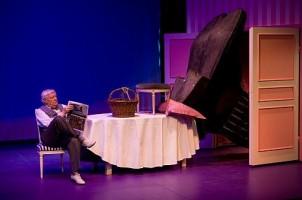 Amédée ou comment s'en débarrasser d'Eugène Ionesco - Mise en scène de Roger Planchon
