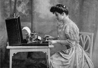 typewriter_legswtypewriter_sample_img_2